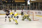 Der HC Thurgau gewinnt das Spiel gegen Ajoie mit 1:0 nach Verlängerung. (Bild: SportsMedia)