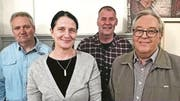 Die Spurgruppe des neuen Pfarreirates, von links: Kuno Tribelhorn, Anita Lupieri als Vertreterin der Kirchenverwaltung, Tizian Calvi und Emil Müller. (Bild: Leila Zmero)