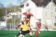 Der FC Flawil (rot) kam relativ einfach eine Runde weiter. (Bild: David Metzger)