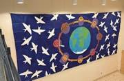 Das Friedensbild hängt in der Eingangshalle von Kiwanis. (Bild: PD)