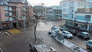 Um die Migros an der Neufeldstrasse/Bahnhofstrasse pulsiert das Leben. Ein zentraler Platz. Das Zentrum jedoch soll grossräumiger verstanden werden. (Bild: Andrea Häusler)