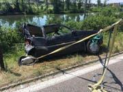 Der total zerstörte Unfallwagen. (Bild: Leserbild)