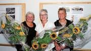 Meta Engler (20 Jahre Fachlehrperson Religion); Trudy Wickli (Sekretärin) sowie Maja Scherrer (Kirchvorsteherschaft). Beide feierten ein 15-Jahr-Jubiläum im Jahr 2016 (von links). (Bild: PD)