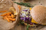 Nicht nur vegane Burger sind an der Veganmania zu finden. (Bild: PD)