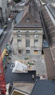 Der rund zehn Meter breite Aufgang aus der Rathausunterführung auf den Bahnhofplatz ist bereits deutlich zu erkennen. (Bild: Ralph Ribi)
