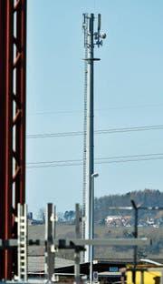 Tausende Mobilfunkantennen ragen in der Schweiz gen Himmel. (Bild: Reto Martin)