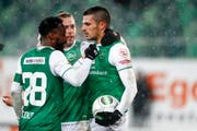Jubelten nach dem Spiel gegen Sion: Nzuzi Toko, Peter Tschernegg und Danijel Aleksic, Torschütze des 1:0. (Bild: Marc Schumacher/freshfocus (freshfocus))