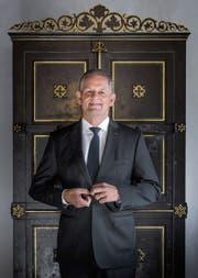 «Diesen kulturellen Kitt spüren unsere Kunden»: Werner Krüsi bei Reichmuth in St. Gallen. (Bild: Michel Canonica)