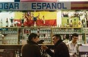 Seit 1888 gibt es das Klubhaus, seit 1981 ist hier der Spanierverein beheimatet. Für die Bevölkerung ist der Hogar Español ein beliebter Treffpunkt, für die Spanier ist es weit mehr: Es ist ihr «hogar», ihr Heim. (Bilder: Michel Canonica)