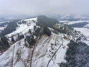 Im Älpli oberhalb von Krinau könnten drei Windturbinen aufgestellt werden. (Bild: Martin Lendi)