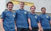 Auf den Ehrenplätzen (von links): Andy Gschwend (2.), Manuel Deiss (Sieger bei den Jungpontonieren), Sandro Gschwend (Vereinsmeister 2017) und Wolfgang Mielsch (3.). (Bild: pd)