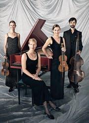 Das Ensemble Les musiciens du roy musiziert auf historischen Instrumenten. (Bild: PD)