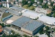 Im kommenden Frühling werden auf den weissen Olma-Hallen 2 und 3 Solarzellen installiert. (Archivbild: Philipp Baer)