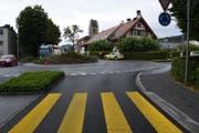 Eine Autofahrerin übersah, dass der Rollerfahrer vor ihr abbremsen musste. (Bild: Kapo SG)