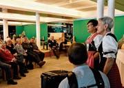 Irene Rempfler und Maria Haltmann lockern das Programm mit Ratzliedli auf, am Akkordeon begleitet von Daniel Bösch. (Bilder: PF)