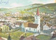 St. Mangen noch ohne Gewerbeschulhaus auf einer Postkarte um 1905. Der Neubau wird erst 1912 auf der Grünfläche rechts vor der Kirche entstehen. (Bild: Sammlung Reto Voneschen)