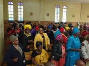 Afrikanerinnen und Afrikaner bewahren ihre Lebensfreude auch in schwierigem Umfeld. (Bild: PD)