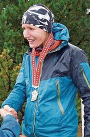 Gratulationen gibt es für Nina Zoller. Sie hat an den Schweizer Meisterschaften Silber gewonnen. (Bild: PD)