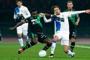 Toko fällt beim FC St.Gallen mit seiner kämpferischen Spielweise auf. (Bild: WALTER BIERI (KEYSTONE))