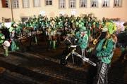 Mit Freude dabei: Die Städtli-Schränzer geniessen ihren Auftritt am «Städtli-Monster» Konzert in Lichtensteig. (Bild: Urs M. Hemm)