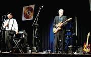 Nach der Versammlung sorgten The Rockdaddies mit Sänger Henry Fries und Gitarrist Pierre-Alain Kessi für Stimmung. (Bild: Vroni Krucker)
