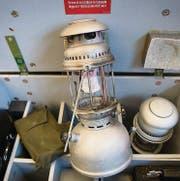 Für buddhistische Mönche ein Segen: Benzinvergaser-Lampen. (Bild: Ralph Ribi (Ralph Ribi))