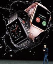 Apple-Chef Tim Cook bei der gestrigen Präsentation. (Bild: AP)