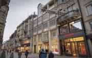Die Geschäfte in der Stadt spüren weiterhin die Folgen des Einkaufstourismus ins grenznahe Ausland. (Bild: Ralph Ribi (4. Februar 2015))