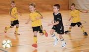 Bei der jüngsten Juniorenkategorie, den G-Junioren, hätten manchmal alle am liebsten einen eigenen Ball – der Spass steht hier noch im Vordergrund. (Bilder: Beat Lanzendorfer)