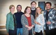 Werden unterstützt: Tine Edel, Michael Bodenmann, Annina Thomann, André Meier, Hella Immler und Ninian Green (von links). (Bild: Ralph Ribi)
