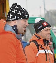 Wintertauglich eingepackt: Daniel Bösch und Christian Tschumper (von links).