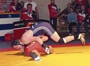 Tobias Betschart (blau) wird wieder versuchen, gegen Andreas Burkard einen Sieg zu landen. (Bild: pd)