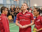 Enttäuschte Gesichter beim Uzwil-Trainer und seinen Spielerinnen und Spielern nach dem Playoff-out. (Bild: Matthias Zindel)