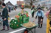 Ganz dem Motto «Flower Power» entsprechend: Der Bäuerinnenverein Ganterschwil.