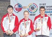 WM-Silber: Andy Riedener, Frederik Zurschmiede und Simon Liesch. (Bild: pd)
