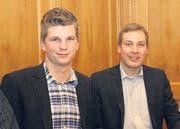 Die SVP-Politiker Mike Egger, Kantonsrat aus Berneck, und Lukas Reimann, Nationalrat aus Wil (SVP). (Bild: seb.)