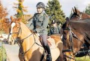 Der ehemalige Dragoner Urs Stillhart aus Bütschwil auf Pferd Wisper beim diesjährigen Jagdritt der ehemaligen Kavallerie in Diepoldsau. (Bild: Katharina Rutz)