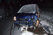 Das Auto erlitt Totalschaden. (Bild: Kapo AR)