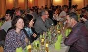Auf den statutarischen Teil folgte der gesellige Bürgerabend mit Nachtessen, Musikunterhaltung und Wettbewerb. (Bild: Andrea C. Plüss)