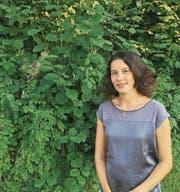 Für ihr Buch über den Bauernmaler Gottfried Feurer leistet Rosa Maria Fäh viel Recherche. (Bild: PD)