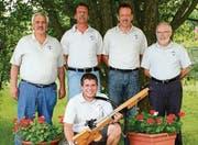 Gute Resultate (hinten von links): Adalbert Schmid, Paul Eugster, Markus Eugster, Erwin Grossglauser sowie Markus Graf (kniend). (Bild: pd)