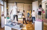 Plattform für grosse und kleine Künstler: Primar- und Oberstufenschüler zeigen derzeit im Kirchhoferhaus ihre Werke. (Bild: Urs Bucher)