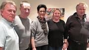 Hansruedi Köppel (ganz links), Vizepräsident der SVP Rheintal, war in St. Margrethen zu Gast. Daneben (von links) die Parteileitung mit Fabian Herter, Elisabeth Thurnheer, Denise Looser und Peter Müller. (Bild: pd)