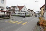 Eine von mehreren Stellen in Diepoldsau, die für den Langsamverkehr sicherer werden soll, ist die Kreuzung beim «National». (Bild: Gert Bruderer)
