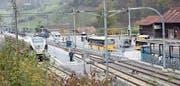 Bis Ende November gilt: Wer mal muss, muss noch auf den Zug warten (Bild: Martin Knoepfel)