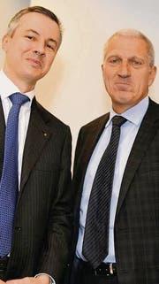 Adrian Künzi, Chef der neuen Privatbank Notenstein, und Raiffeisen-Chef Pierin Vincenz, beim ersten gemeinsamen Auftritt. (Bild: ky/Walter Bieri)