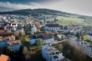 """Blick über das Dorf Wittenbach: Am Donnerstag diskutieren vier Journalisten, die hier aufgewachsen sind und auswärts Karriere gemacht haben, über die """"No Billag""""-Initiative, (Bild: Benjamin Manser)"""