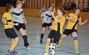 Die Spielerinnen von Neckertal-Bütschwil (in Grau) konnten ihrer Favoritenrolle nicht ganz gerecht werden. Letztendlich schaute «nur» der vierte Platz heraus.