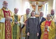 Nach der Messfeier: Felix Büchi, Albert Wicki, Erwin Keller, Schwester Angelika, Christoph Mattle, Josef Benz und Guido Hangartner (von links). (Bild: zVg)