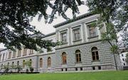 Ein Namensgeber des Museumsquartiers: Der heute durch Natur- und Kunstmuseum belegte Bau im Stadtpark wurde 1877 eröffnet. (Archivbild: Ralph Ribi)